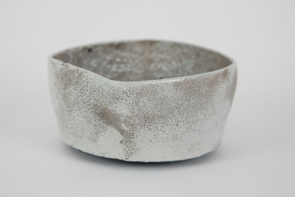 Bowl (White, Red, side)